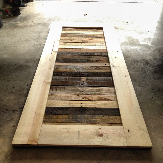 & Wicked DIY Pallet Sliding Door