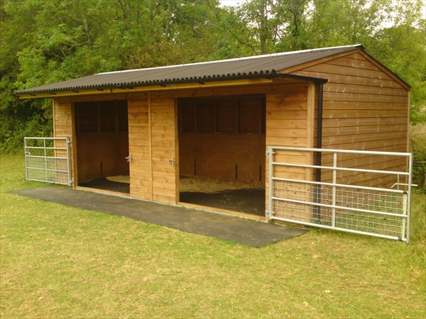 See how easily you can build a horse shelter on your own just one look on the internet and you will find almost any diy project that you have been thinking of do it yourself also called diy is the method of solutioingenieria Gallery